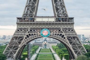 Tour Eiffel Logo