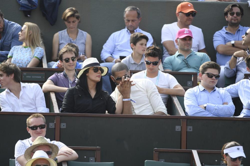 Nicolas Batum and his girlfriend at Roland-Garros 2018