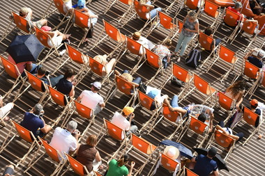 spectateurs crowd Roland-Garros place des Mousquetaires