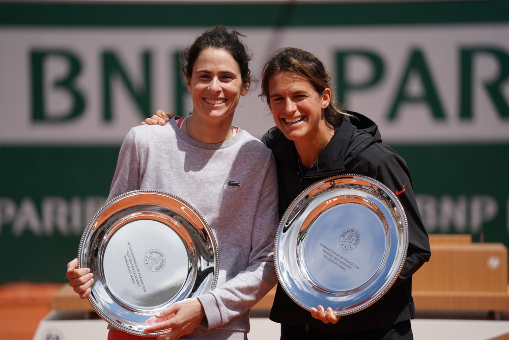 Amelie Mauresmo and Nathalie Dechy