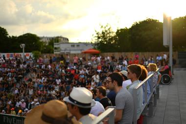 Public soir evening court 18