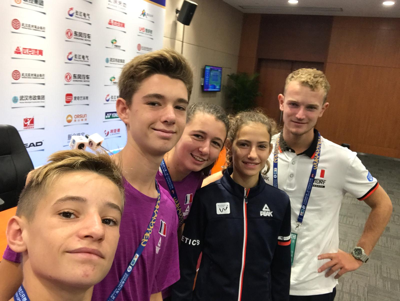 Ballkids Louis Anceau, Paul Besse, Gaelle Mangin, Camille Galloy, and Alexandre Gardon at the Wuhan Open 2018