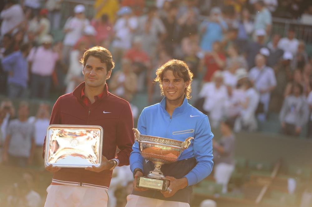 Nadal Federer 2011 final roland garros trophy