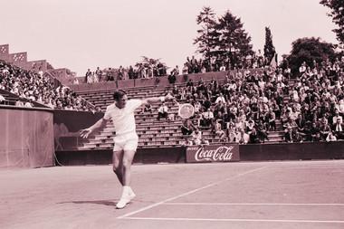 Tony Roche champion Roland-Garros 1966.