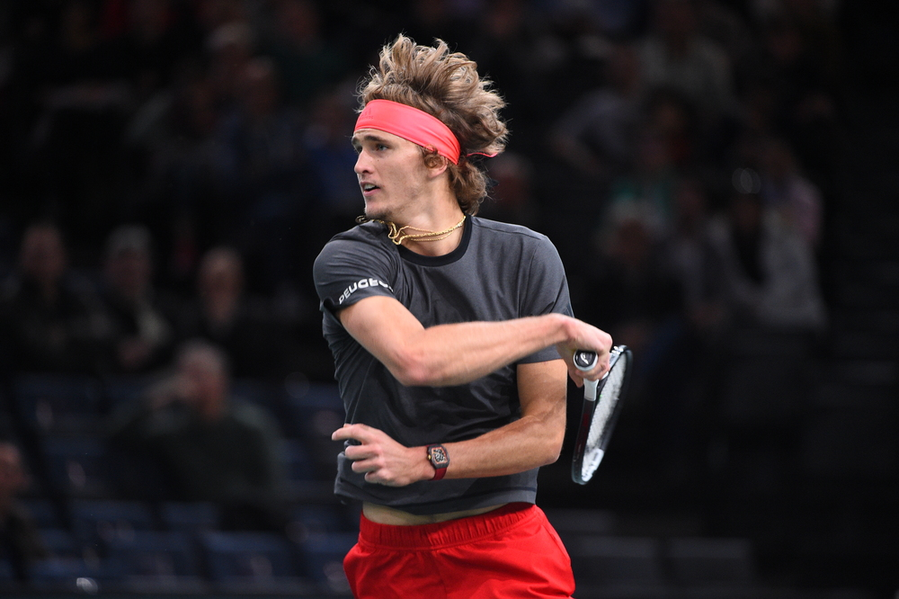 Sascha Zverev hitting a forehand at the 2018 Rolex Paris Masters