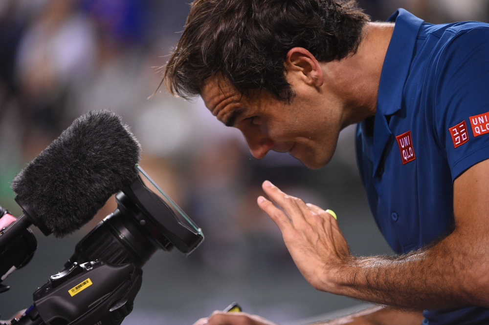 Roger Federer playing with the camera at Indian Wells 2019