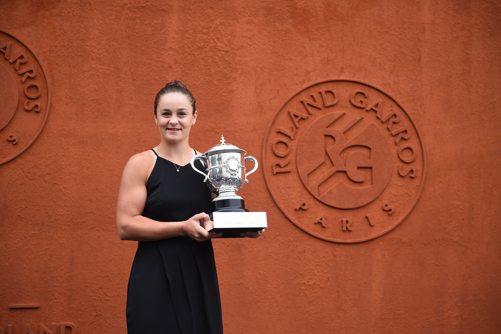 Ashleigh Barty trophy shoot