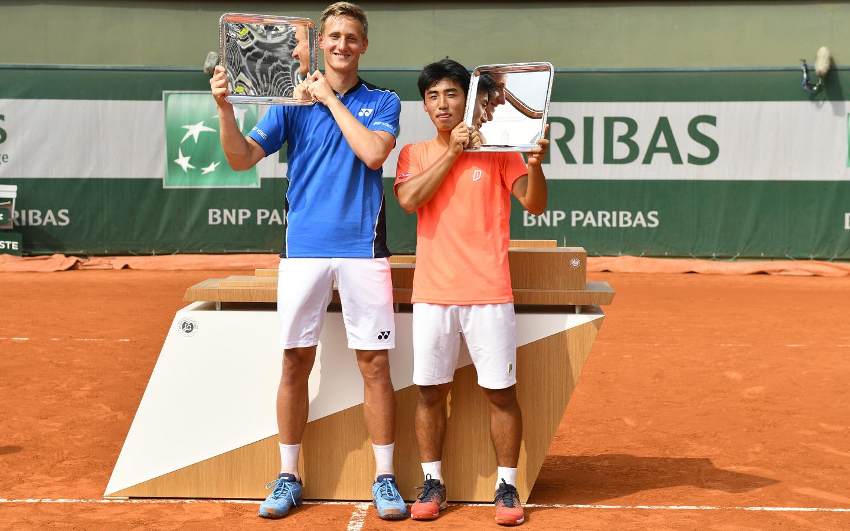 Ondrej Styler et Naoki Tajima, double juniors garçons Roland-Garros 2018