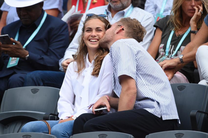 Le médaillé d'argentolympique de décathlon Kevin Mayer à Roland-Garros 2018/Kevin Mayer and his girlfriend Delphine Jariel