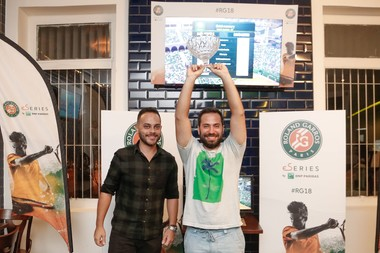Rogerio Corrêa remporte les eSeries Roland-Garros à Belo Horizonte au Brésil/eSeries Roland-Garros in Belo Horizonte, Brazil.