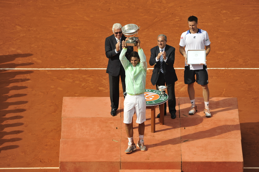 Nadal Soderling 2010 roland garros final trophy
